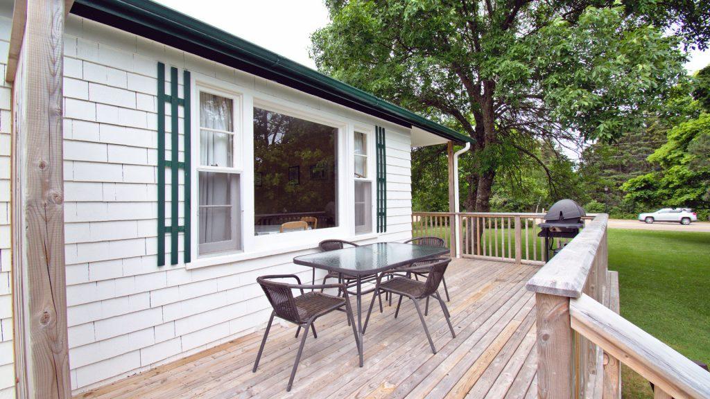 #1 Duplex Cottage - Deck