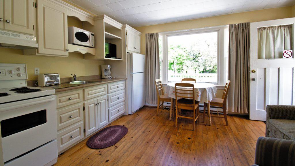 #2 Duplex Cottage - Kitchen