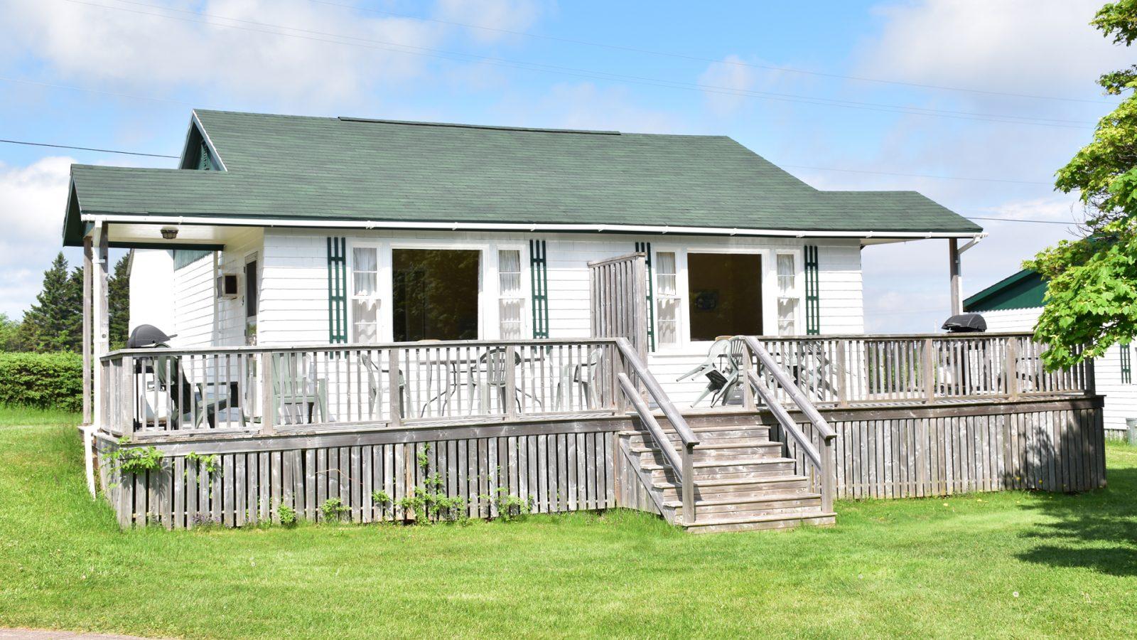#8 Duplex Cottage - Exterior