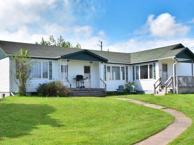#11 Triplex Cottage - Exterior