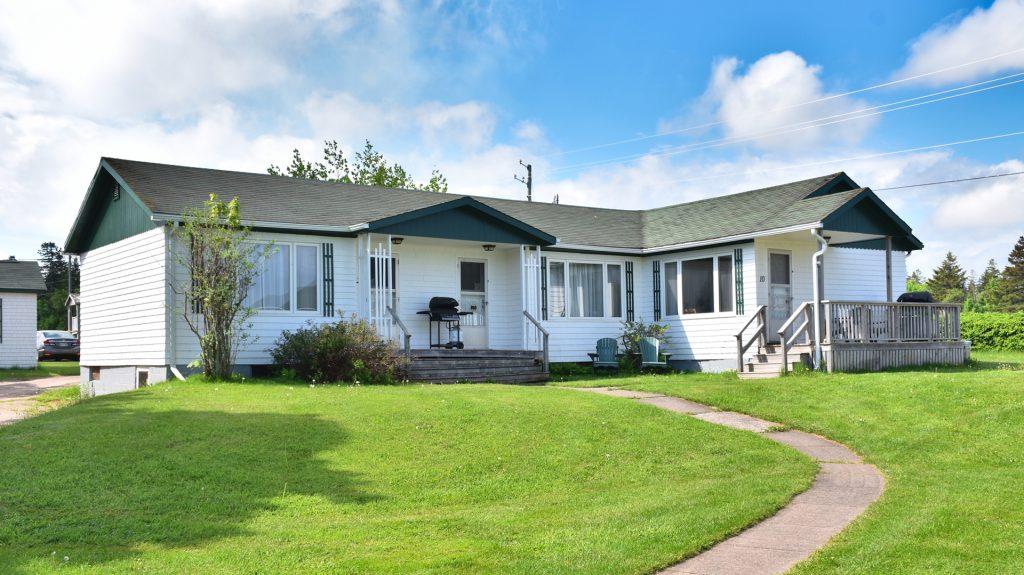 #12 Triplex Cottage - Exterior