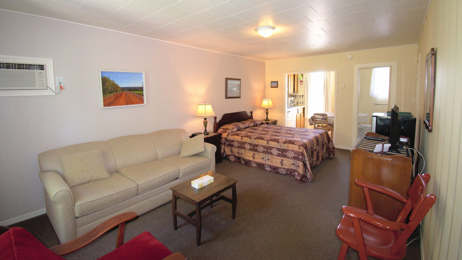 #5 Duplex Cottage - Living Area