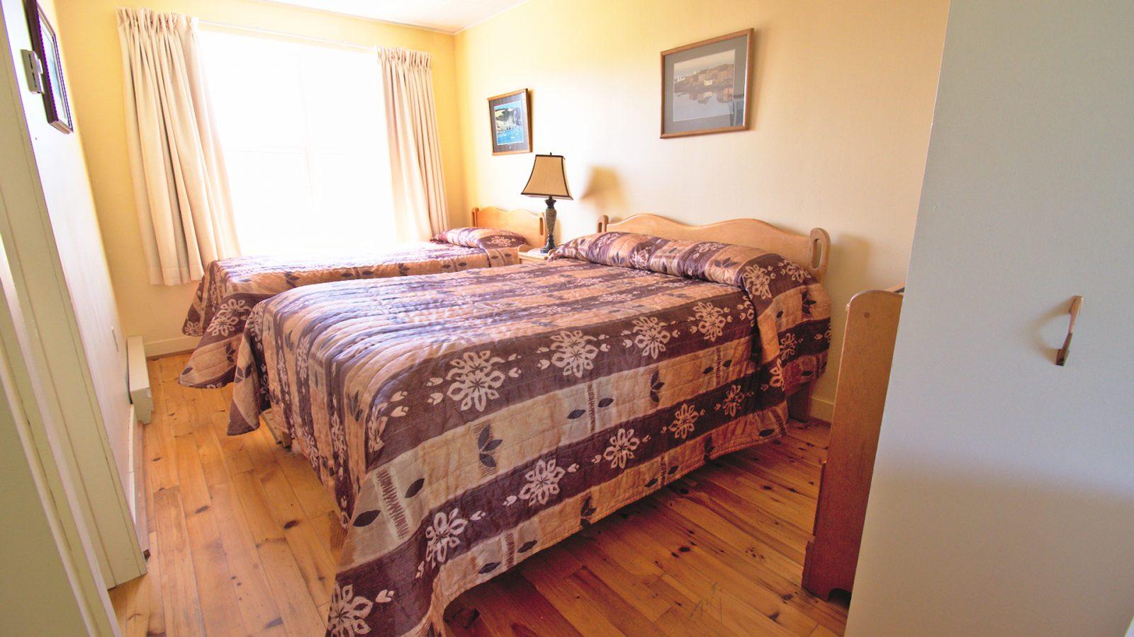 #9 Duplex Cottage - Bedroom
