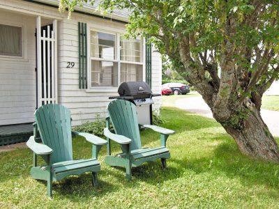 #29 Duplex Cottage - Front Yard