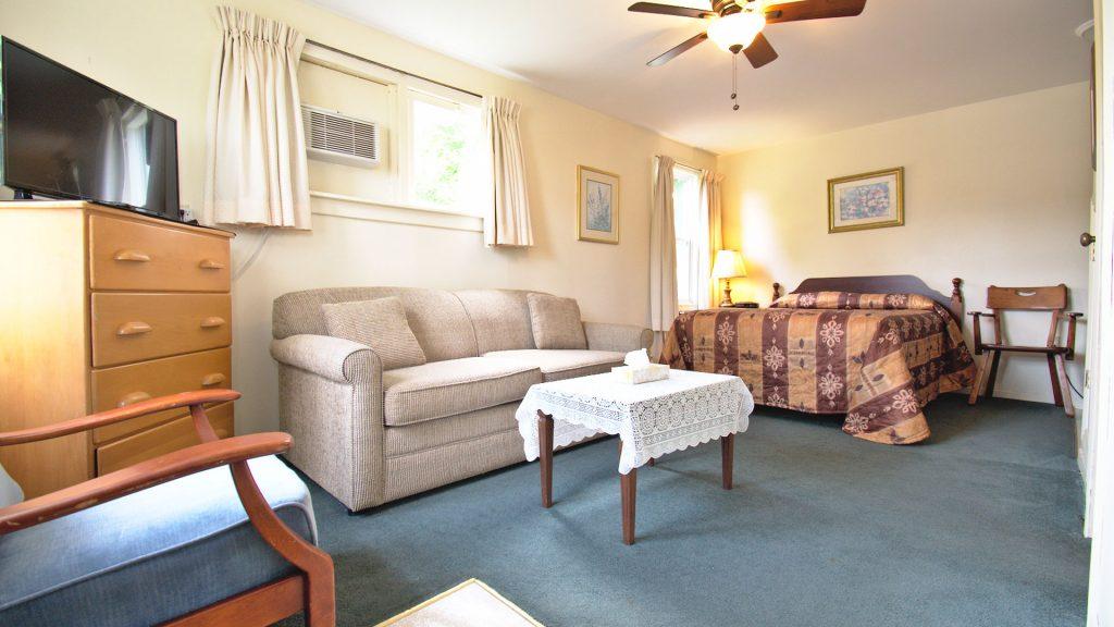 #28 Duplex Cottage - Living Space