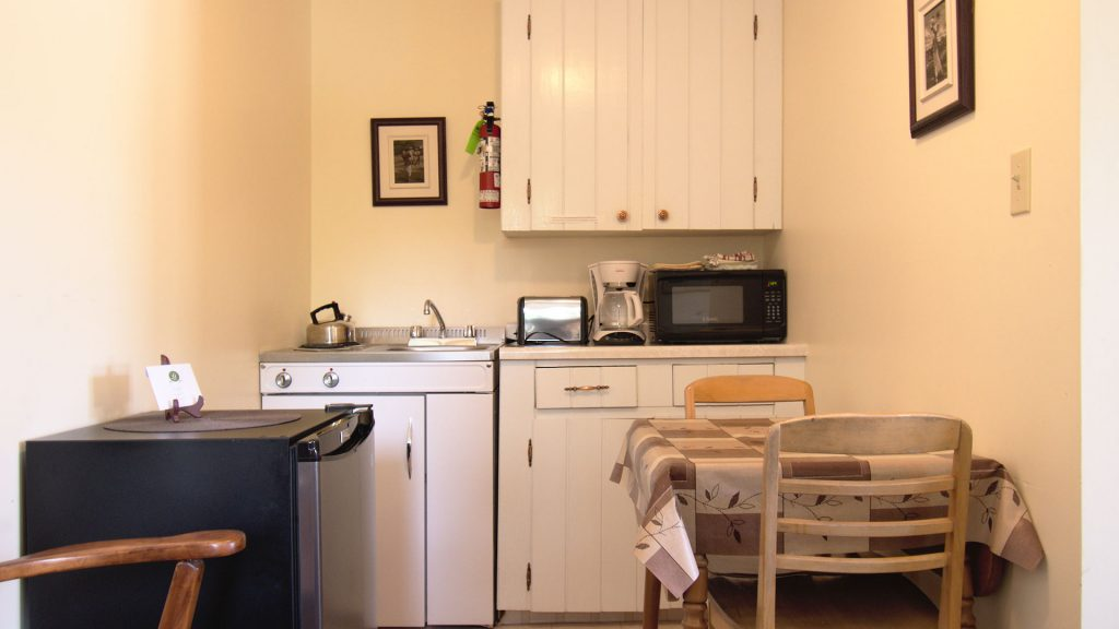 #28 Duplex Cottage - Kitchenette
