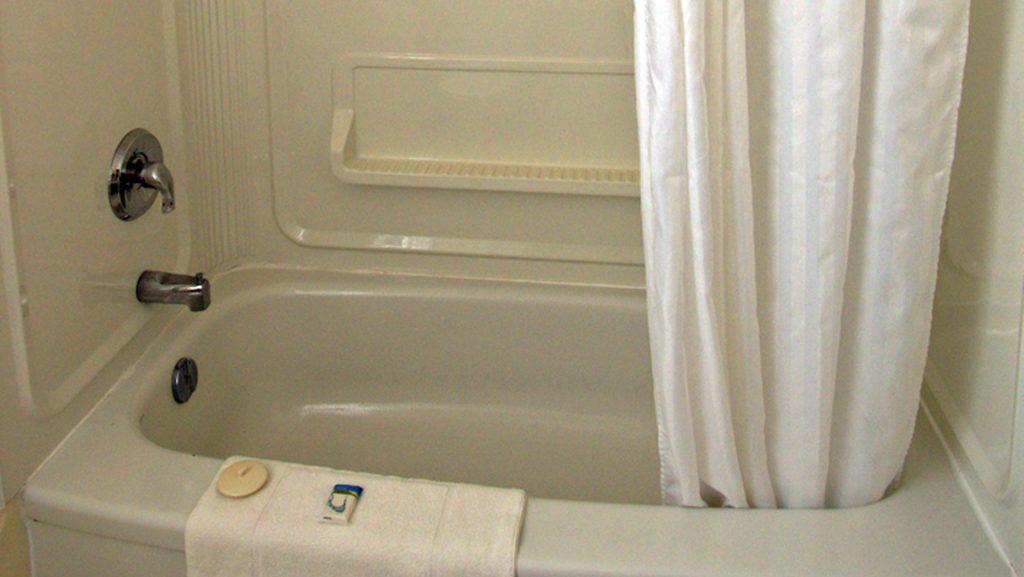 #30 Motel Unit - Bathroom