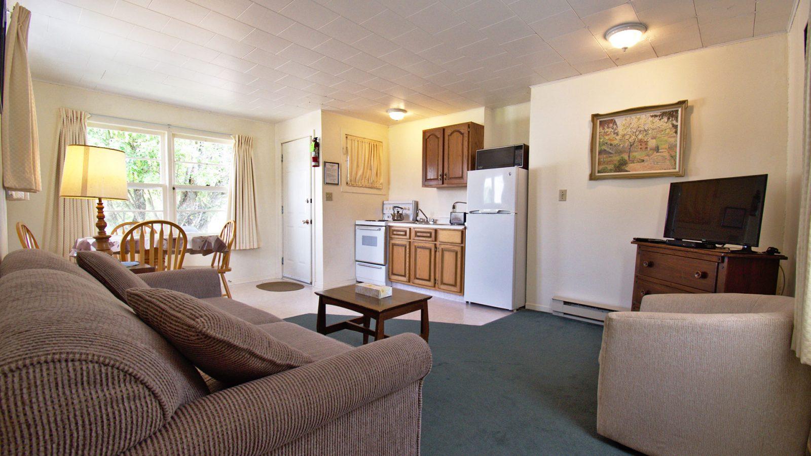#29 Duplex Cottage - Living Area