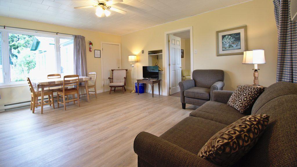 #10 Triplex Cottage - Living Area