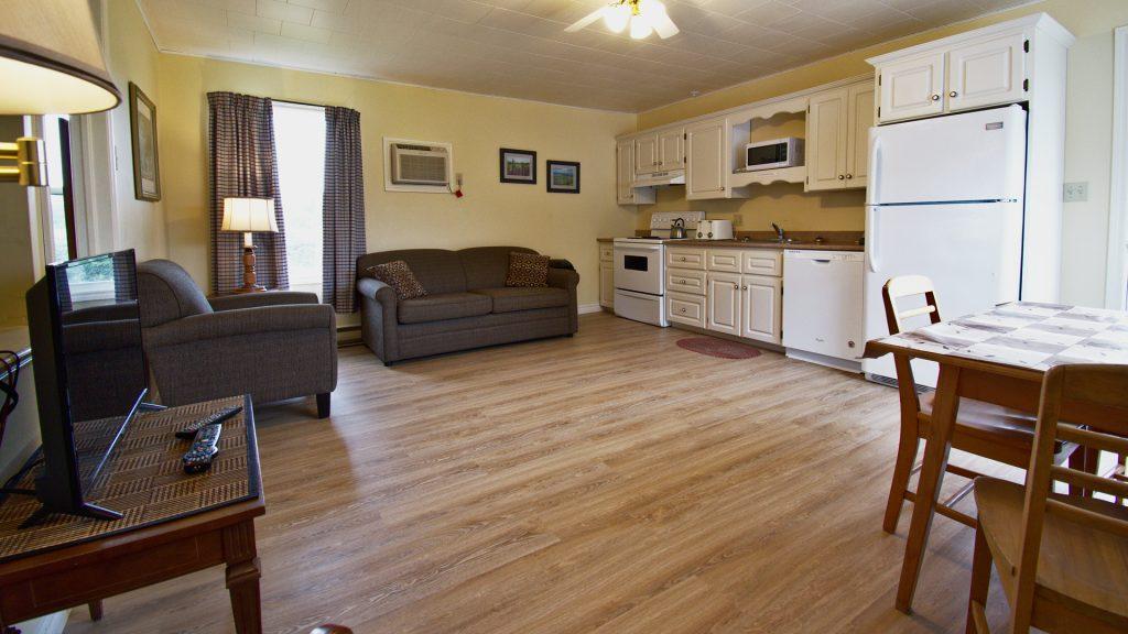 #10 Triplex Cottage - Living Area | Kitchen