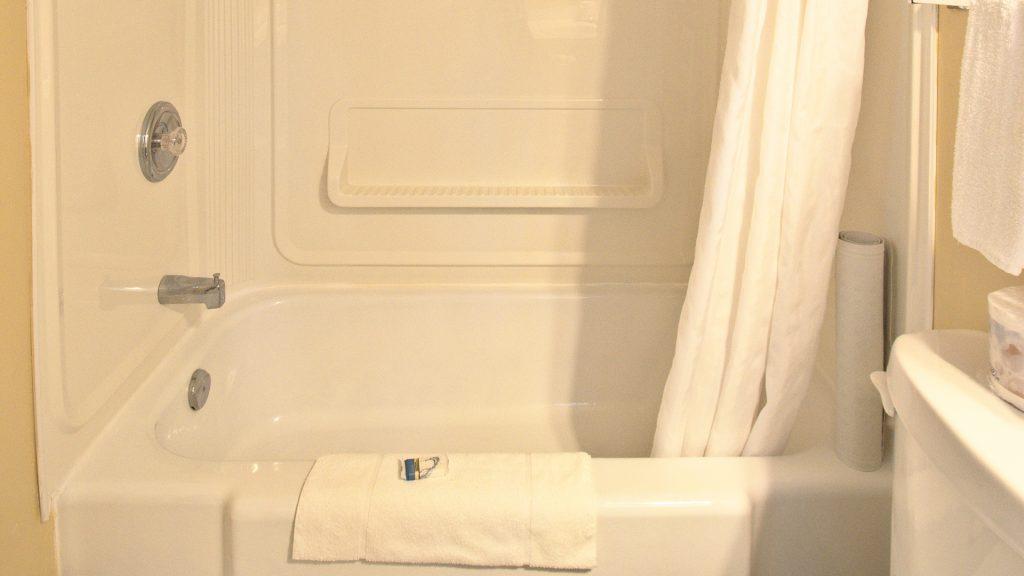 #24 Duplex Cottage - Bathroom