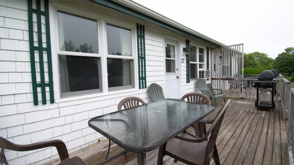 #27 Stand-Alone Cottage - Deck